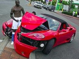 People: 18 amendes pour excès de vitesse à payer pour Mario Balotelli