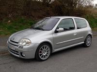 La p'tite sportive du lundi: Renault Clio RS !