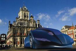 Le bus du futur ressemble à une Batmobile, et il est électrique bien sûr
