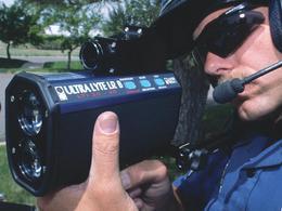 Excès de vitesse et accès de colère : verbalisé, il casse les jumelles-radar des gendarmes