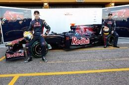 F1 : la Toro Rosso STR5 et ses belles moustaches