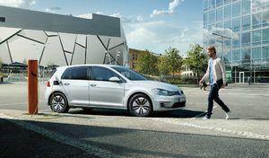 L'Allemagne se méfierait-elle déjà des voitures électriques à batteries?