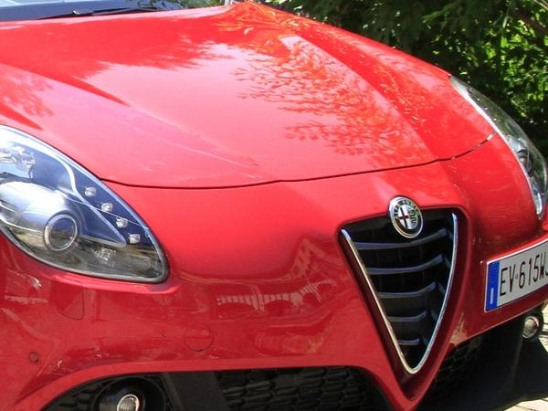 Alfa Romeo : le SUV en 2016 ?