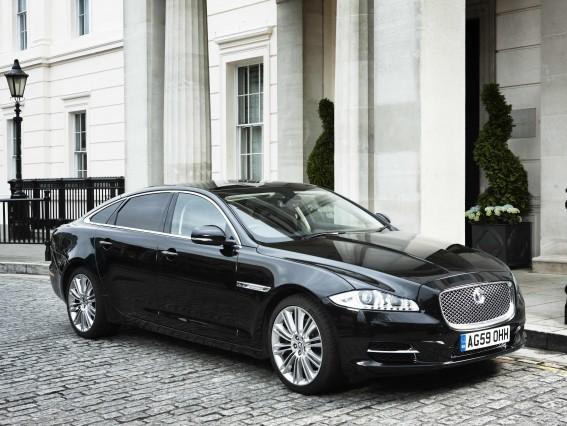 Jaguar annonce l'arrivée de deux nouveaux moteurs