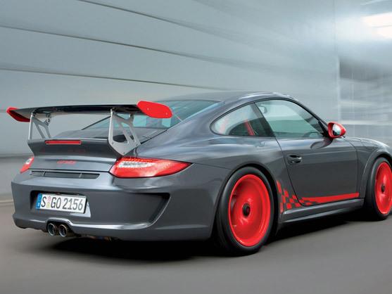 """Rdv le 7 avril pour découvrir la """"super"""" Porsche 911 GT3 RS"""
