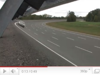 Jaguar XFR High Speed Test : d'abord le sifflement du compresseur, ensuite le grondement du V8