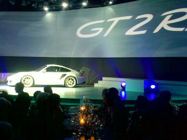 Nouvelle Porsche 911 GT2 et GT2 RS : en photo et en vidéo
