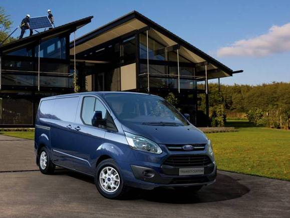 voici le nouveau ford transit custom. Black Bedroom Furniture Sets. Home Design Ideas