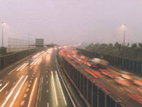 Course-poursuite : une Ferrari à contresens sur l'autoroute !