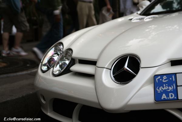 Photos du jour : Mercedes SLR