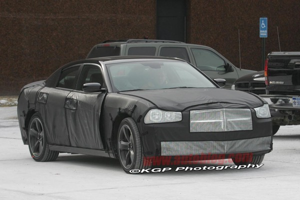 Spyshot : future Dodge Charger