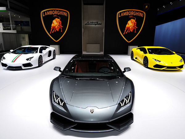 r sultats 2014 lamborghini livre 2530 voitures un record. Black Bedroom Furniture Sets. Home Design Ideas
