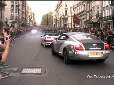 [Vidéo] Gumball 3000 2010 à Londres : des supercars, un public enthousiaste et une... Renault Mégane CC camouflée (?)