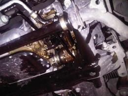 Il casse le moteur de sa Nissan GT-R en doublant une voiture