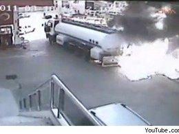 [vidéo] un camion-citerne s'embrase dans une station essence: qui aurait fait comme Engin Koçak ?