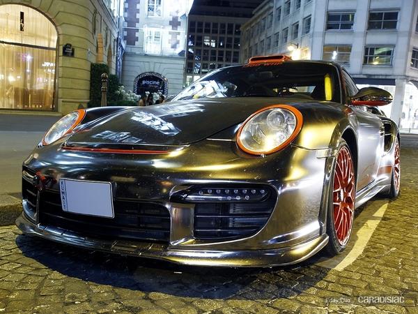 Photos du jour : Porsche 911 997 GT2 Oakley Design