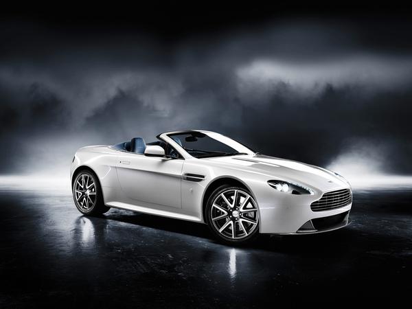 Aston Martin V8 Vantage S : 132 900 euros