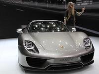 Vidéo en direct de Francfort 2013 - Porsche 918 Spyder, la très grosse cote