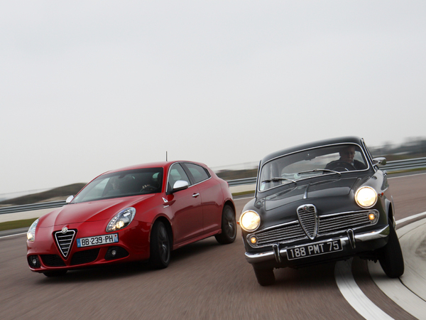 Vidéo - Alfa Romeo Giulietta 1300 Ti (1963) vs Alfa Romeo Giulietta 1750 TBI QV (2010) : Milan les sépare