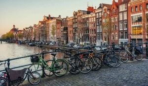 La fin des véhicules thermiques dans Amsterdam en 2030