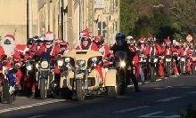 Insolite: quand les Pères Noël motards recontrent le père fouettard
