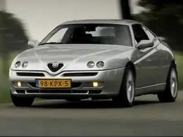 Cette Alfa Roméo GTV a 2 moteurs (vidéo)
