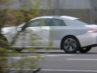 Scoop : une Mercedes Classe E coupé partiellement déguisée en Audi A5