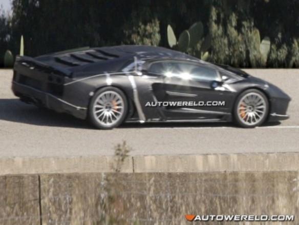 Remplaçante de la Lamborghini Murcielago : encore elle