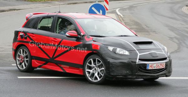 Future Mazda3 MPS : vue !