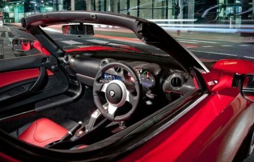 Tesla Roadster : une version à conduite à droite