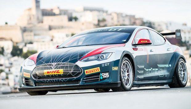 Tesla: la Model S se met enfin à la compétition !