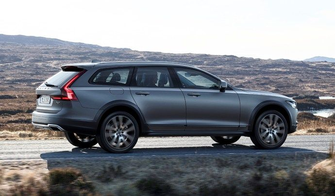 Volvo V90 Cross Country : à partir de 53 550 €