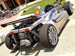 eBayzarre du jour : Monoplace Indy Replica Street Legal