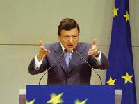 La Commission européenne fait la part belle à l'industrie automobile