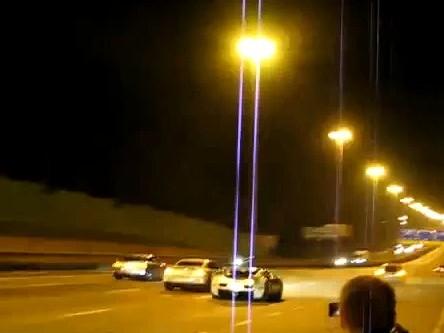 Réveil Auto : deux Nissan GT-R Switzer P800 et une Bugatti Veyron en drag race sauvage, un sandwich de près de 3000 chevaux