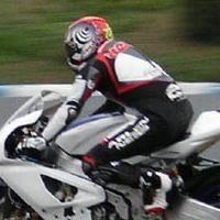 Superbike: Aprilia travaille à Jerez