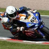 Superbike - Yamaha: Loris Baz sans guidon dans le championnat britannique
