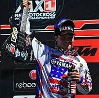 Motocross mondial : Glen Helen,  Zach Osborne monte sa Yamaha sur son podium