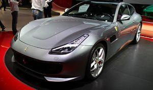 Ferrari :la familiale à moteur V8 attire une nouvelle clientèle et fait grimper les délais de livraison