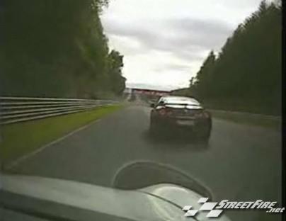 Porsche 911 vs Nissan GTR : enfin les explications sur le ring' !