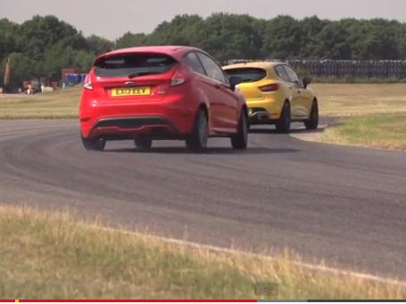 Ford Fiesta ST Mountune vs Renault Clio R.S : le choix de Chris Harris