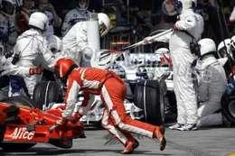 F1 moteur standard : le bras de fer débute, Ferrari menace de partir