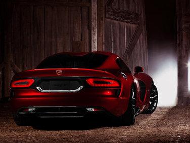 """Le président de Ferrari """"sans voix"""" devant la nouvelle SRT Viper"""