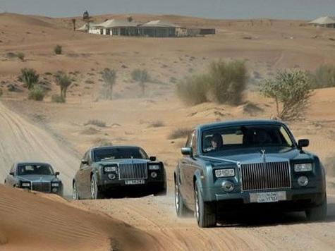 Rolls Royce réfléchit à un SUV