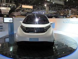 Bolloré Bluecar : une nouvelle usine de batteries sera construite en France