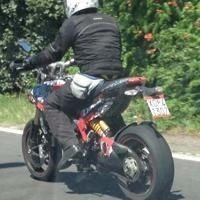 Actualité moto - Ducati: l'Hypermotard 848 nous refait une sortie !