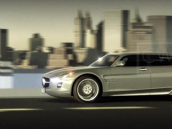 Une Mercedes SLS quatre portes, cela donnerait ça...
