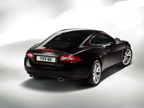 Jaguar XK  Célébration : pour fêter un demi-siècle de E