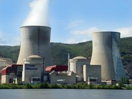 Les vertus de la voiture électrique irradiées par le nucléaire