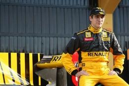 F1 - Pas assez d'argent pour rouler chez Renault ? L'entourage de Vitaly Petrov dément